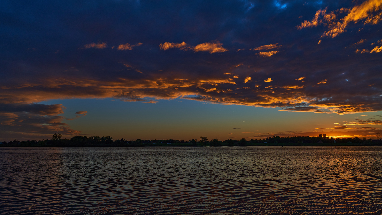 Elbe_Sunset_2020-10-21_17_59_48.jpg